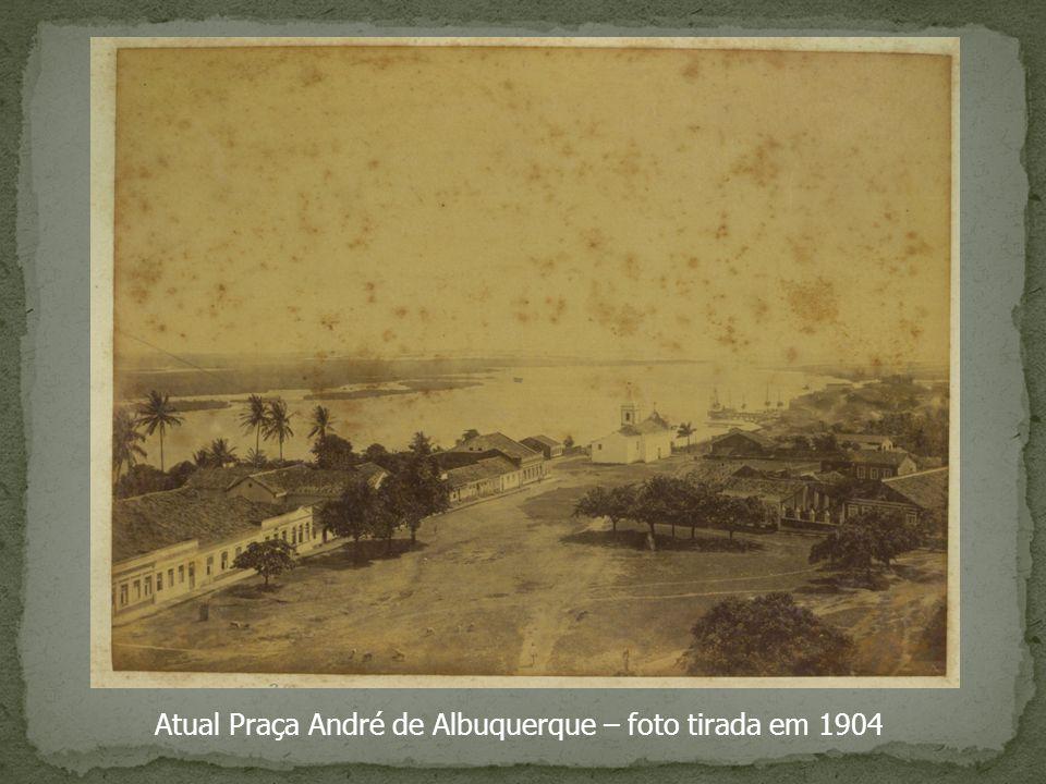 Atual Praça André de Albuquerque – foto tirada em 1904