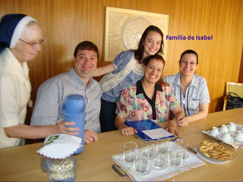 Segunda fase da Caninização Familia de Isabel