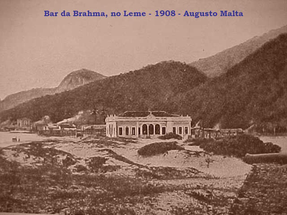 Bar da Brahma, no Leme - 1908 - Augusto Malta