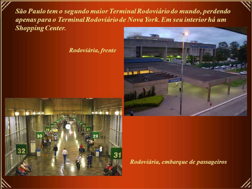 São Paulo tem o maior centro de exposições da America do Sul, O Anhembi O Complexo do Anhembi é composto por Centro de Exposições, Centro de Convençõe