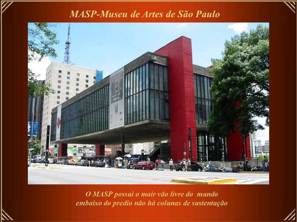 … 71 museus, … MASP-Museu de Artes de São Paulo