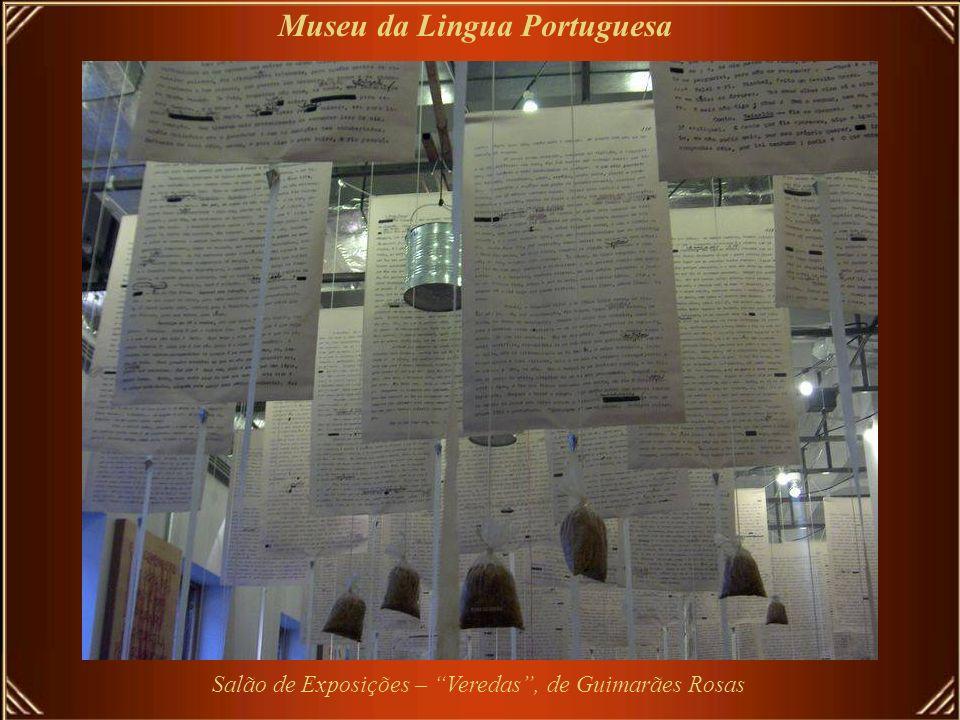 O Museu da Língua Portuguesa-único existente no mundo, fica na antiga estação de trem LUZ, reformada e reinaugurada em 1901 Museu da Lingua Portuguesa
