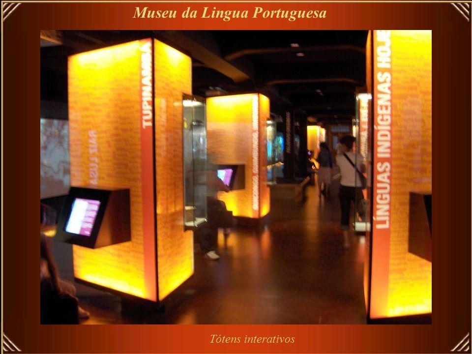 Salão de Exposições – Veredas, de Guimarães Rosas Museu da Lingua Portuguesa