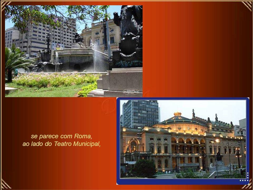 Na verdade, o grande fascínio de São Paulo é parecer-se com muitas cidades ao mesmo tempo e por isso mesmo, não se parecer com nenhuma. São Paulo, ent