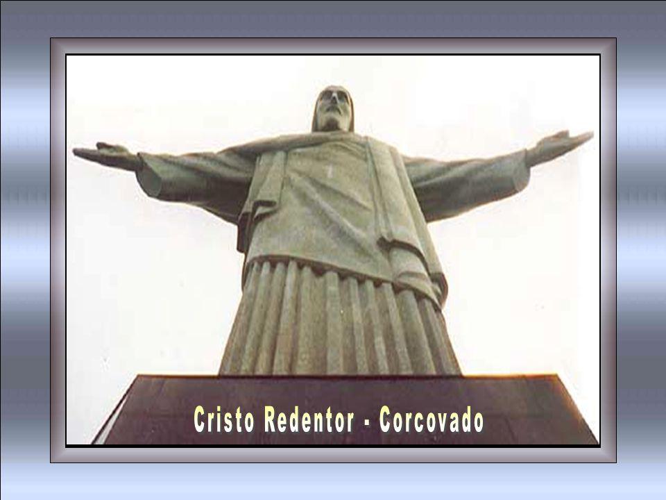 Cristo Redentor braços abertos sobre a Guanabara Esse samba é só porque Rio eu gosto de você...