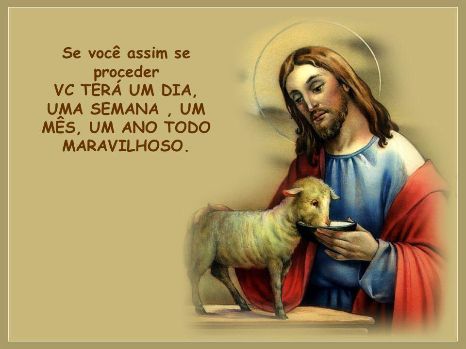 Lembre-se que JESUS continua te amando, ontem, hoje, amanhã e sempre!!! Não existe amor maior que o de Jesus por nós!