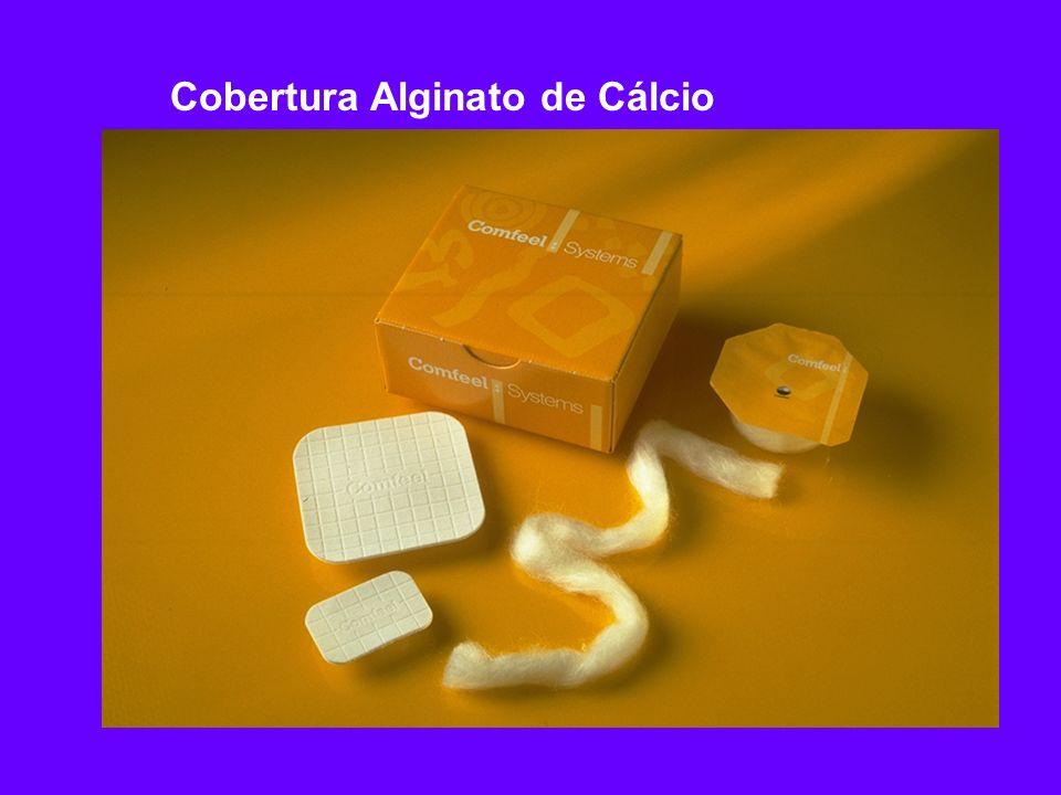 b Seco por congelamento / sem fibras b Alta absorção vertical de exsudato Cobertura Alginato de Cálcio Características e Benefícios Não deixa resíduo de fibra na ferida Recortável Fácil de remover Evita maceração da pele ao redor da ferida Reduz número de troca de curativos