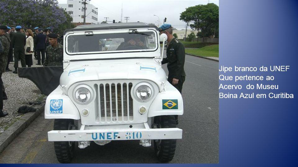 Jipe branco da UNEF Que pertence ao Acervo do Museu Boina Azul em Curitiba