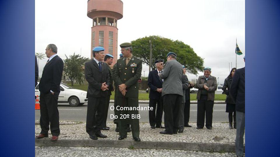 O Comandante Do 20º BIB