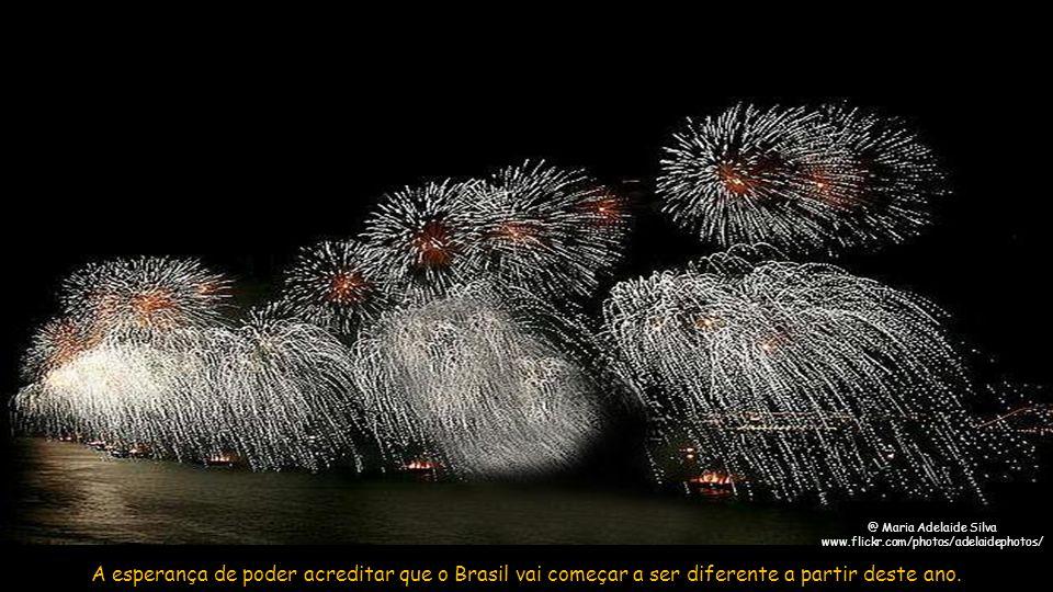 @ Marcelo Carnaval A esperança de que podemos ter muito mais do que só sucesso, saúde e calor no coração em 2013.