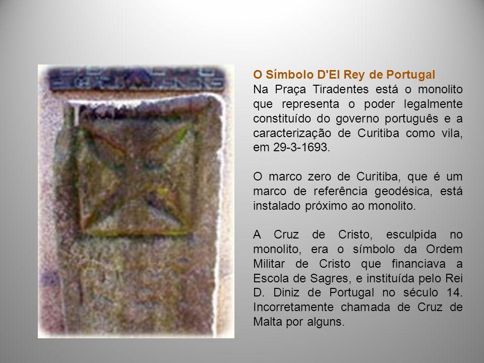 O Símbolo D'El Rey de Portugal Na Praça Tiradentes está o monolito que representa o poder legalmente constituído do governo português e a caracterizaç