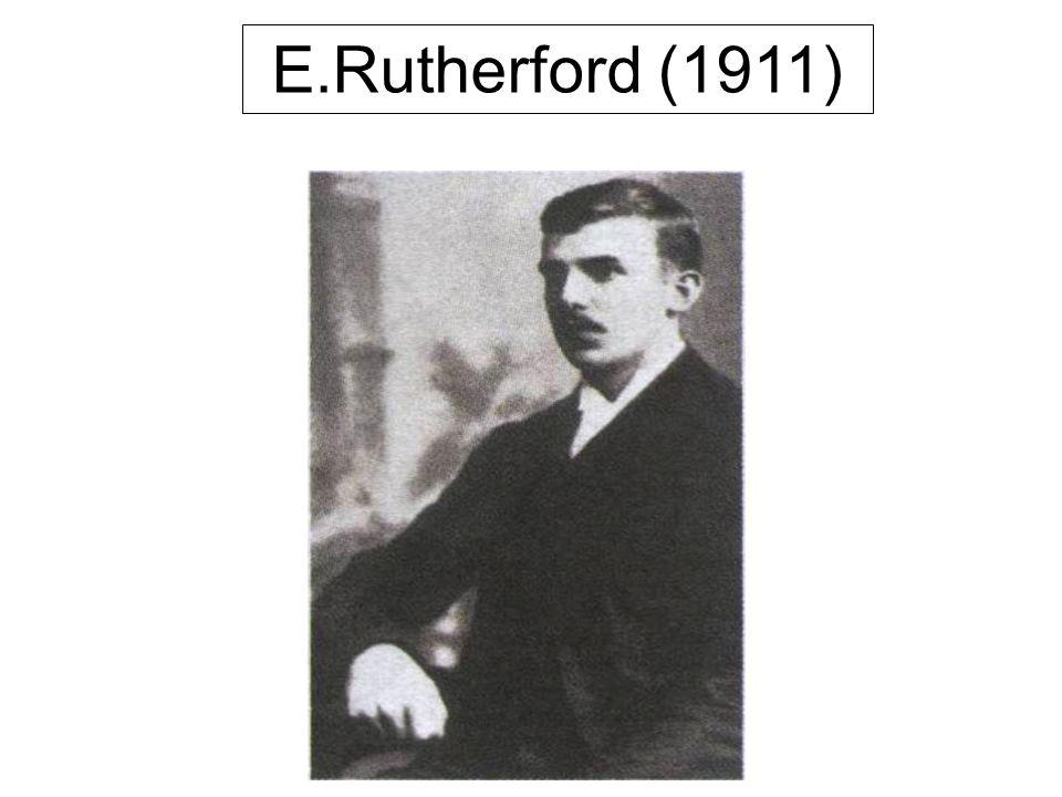 J.J.Thomson ( 1897) Modelo pudim de passas Esfera de massa positiva com cargas negativas incrustadas. Descobriu o elétron. Tubos de raios catódicos.