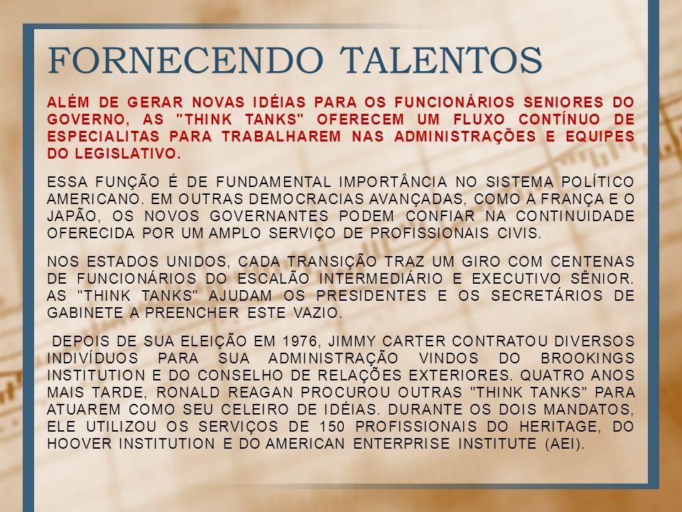 FORNECENDO TALENTOS ALÉM DE GERAR NOVAS IDÉIAS PARA OS FUNCIONÁRIOS SENIORES DO GOVERNO, AS