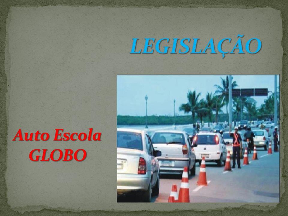 É de grande importância ao condutor conhecer as leis de trânsito e as regras de circulação e conduta para dirigir corretamente de acordo com o que determina a legislação.