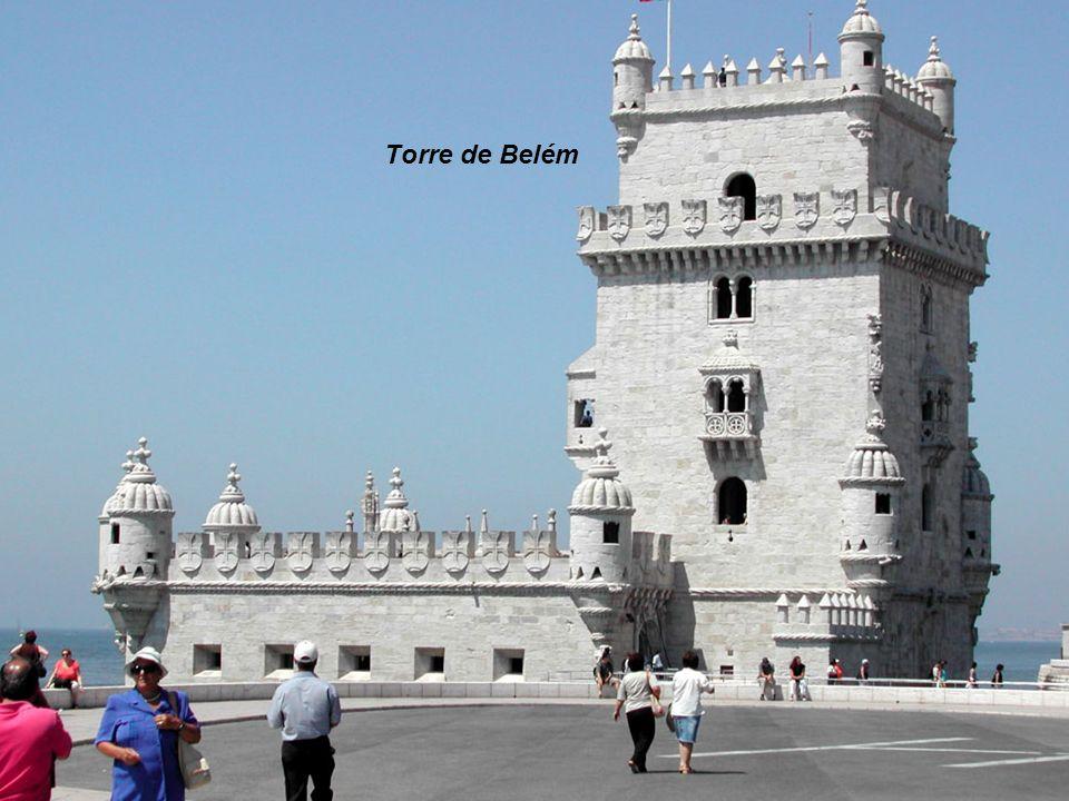 Castelo de S. Jorge visto do elevador de Santa Justa