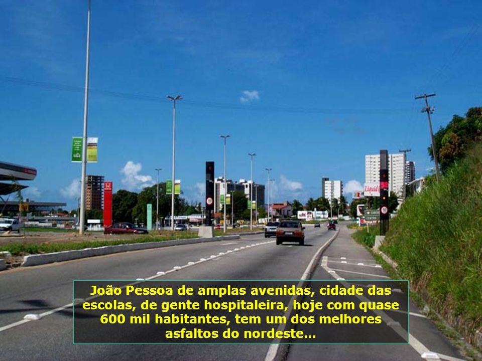 A solidariedade, também, é marca registrada de João Pessoa, com distribuição de 2 mil pratos de sopa diários, aos carentes…