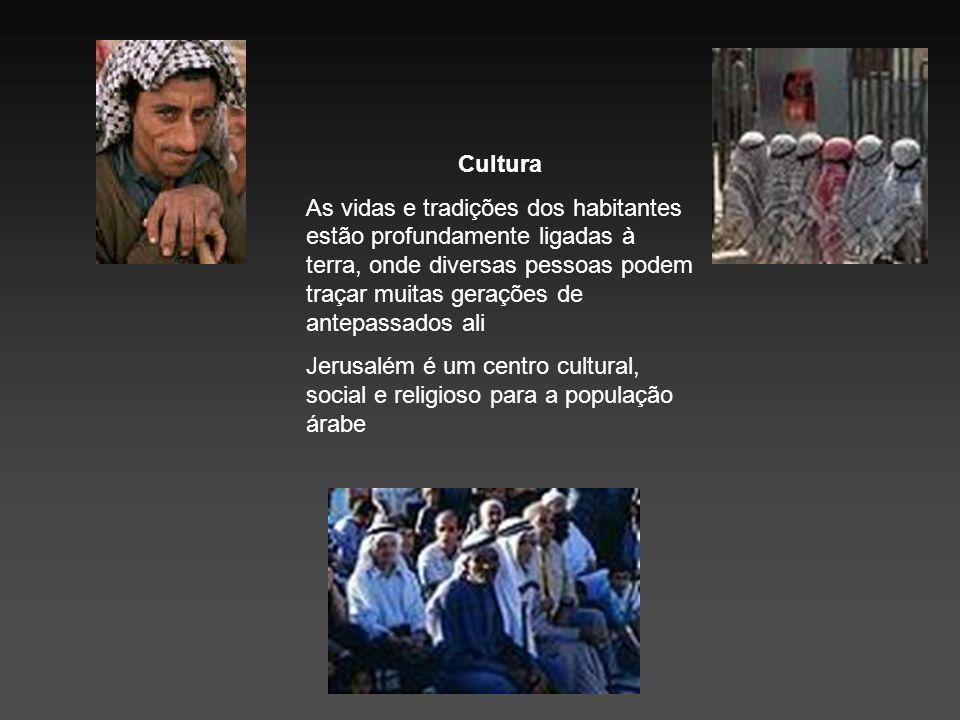 Cultura As vidas e tradições dos habitantes estão profundamente ligadas à terra, onde diversas pessoas podem traçar muitas gerações de antepassados al