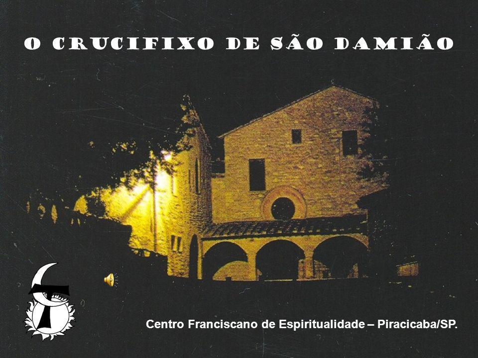 A parte mais alta do crucifixo de São Damião foi reservada para localizar o céu.