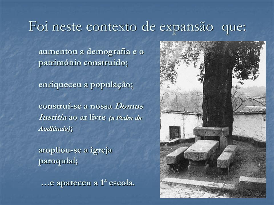 Em 1909, o parque escolar de Avintes era assim constituído: Cabanões 1, 1 ; Cabanões 1, 1 ; Palheirinho ; Palheirinho ; Cabanões ( (Esta Escola Feminina foi fundada por Manuel Lopes da Costa Soares e era administrado pela Câmara de Gaia.