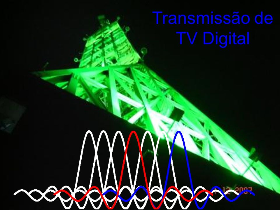 Modulação OFDM Orthogonal Frequency Division Multiplex Em um sistema OFDM, as portadoras são arranjadas de tal forma que as bandas laterais de cada sub-portadora não sobreponham a sub-portadora adjacente.