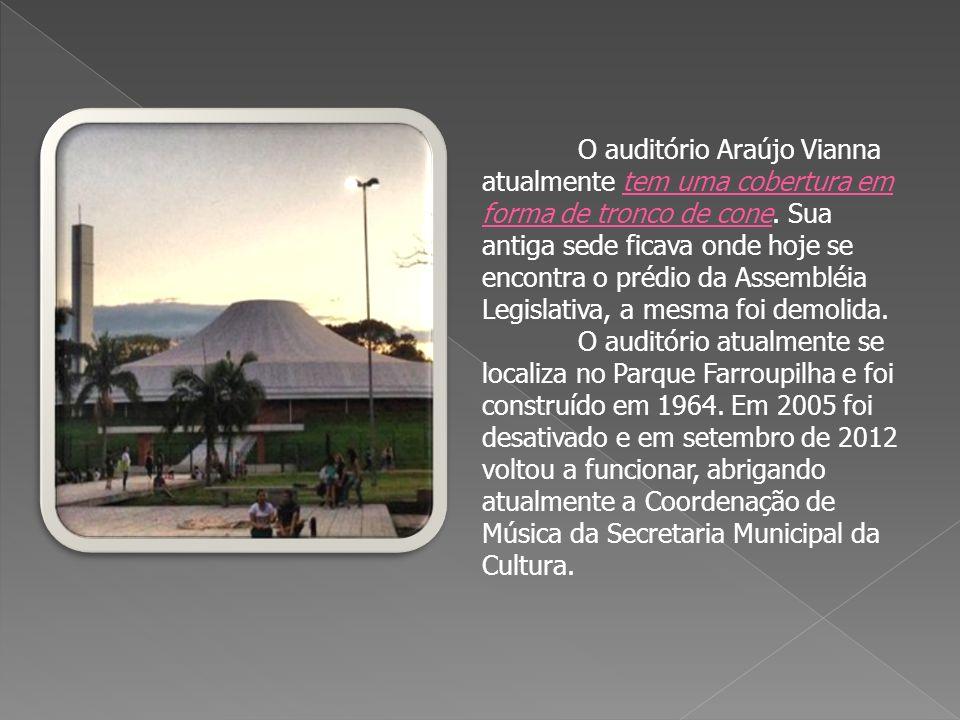 A Catedral Metropolitana de Porto Alegre teve suas obras concluídas no em 1972, mas só foi consagrada em 1986.
