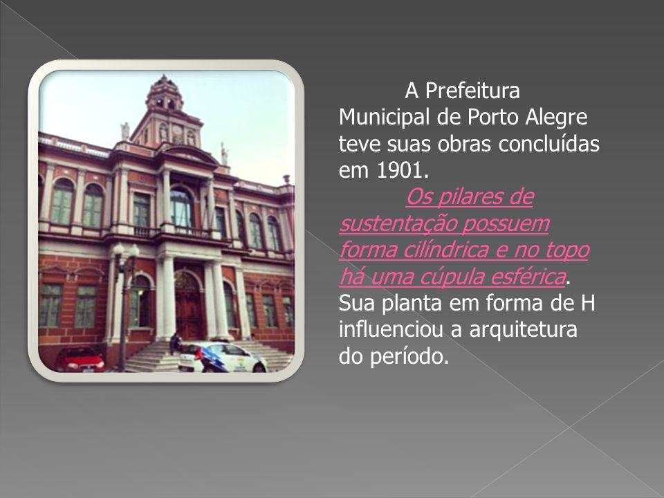 O primeiro Chalé foi inaugurado em 22 de novembro de 1885, como um quiosque para venda de sorvetes.
