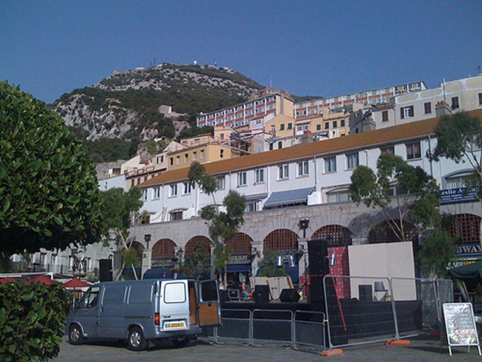 Mesquita Ibrahim –al-Ibrahim - está situada no extremo meridional de Gibraltar.