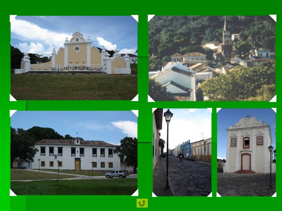 2001 Centro Histórico da Cidade de Goiás : a cidade de Goiás testemunha a ocupação e colonização das terras do Brasil central nos séculos 18 e 19. Tod