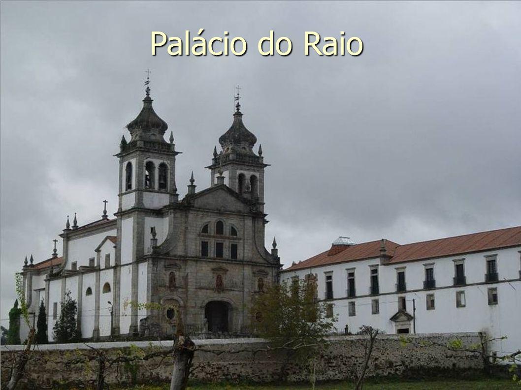 À tarde, em Portugal Visitaremos Leiria, uma cidade universitária, que recebe muitos estudantes intercambistas.