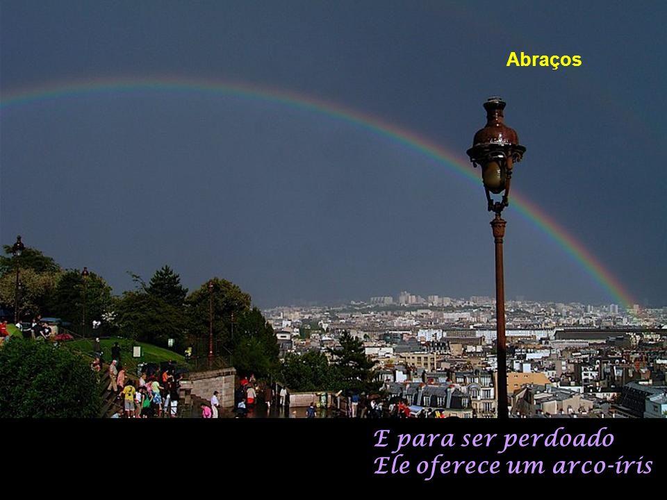 Mas o céu de Paris Não fica por muito tempo cruel Hum