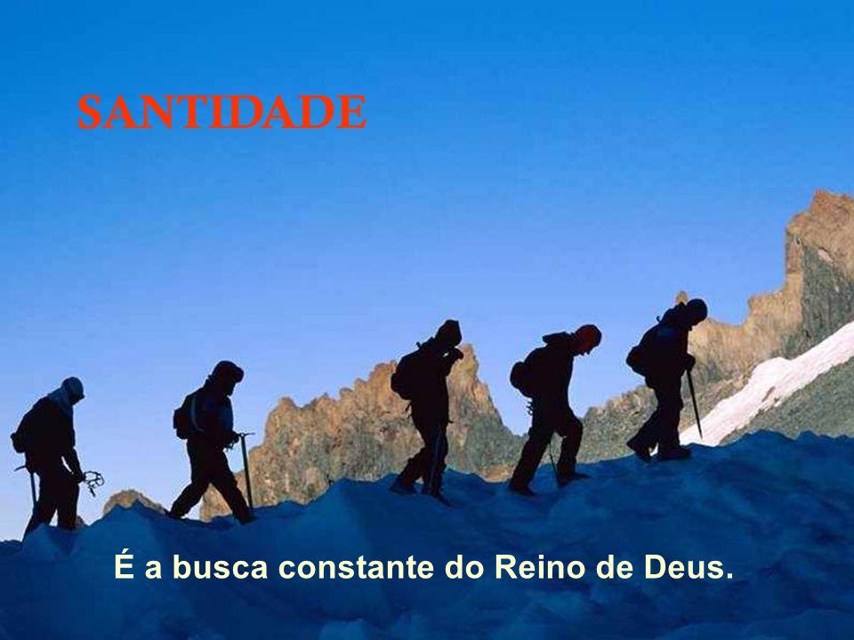 35 uma Associação santa tem o perfil de um Oratório Festivo: – Casa que acolhe; – Paróquia que evangeliza; – Pátio para se encontrar como amigos e viv