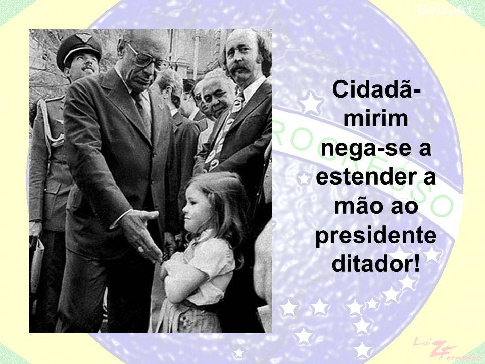 Frente Liberal + PMDB = Tancredo Neves-José Sarney. É eleito Tancredo Neves – pelo voto indireto em 15 de janeiro de 1985 – (PMDB + descontentes do PD