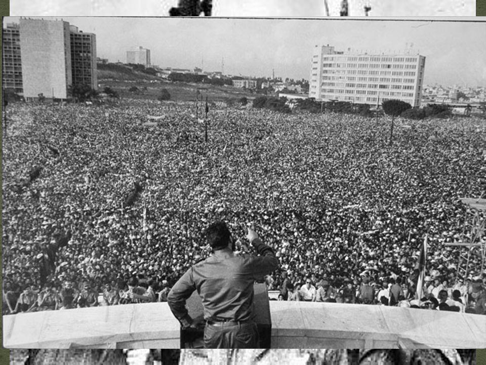 Revolução Cubana (continuação...): Revolução Cubana (continuação...): A posição estratégica de Cuba faz agravar a A posição estratégica de Cuba faz agravar a Guerra Fria.