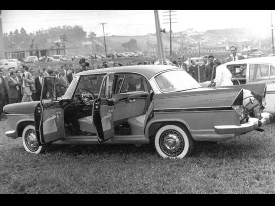 Lançamento da linha Chambord 1960 - evento realizado na fábrica