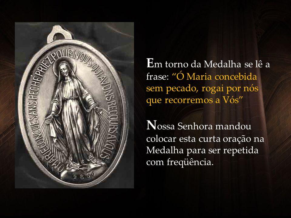 1830 é o ano das aparições de Nossa Senhora, em que ela revelou a Catarina Labouré a Medalha. Foi no final da tarde do dia 27 de novembro.