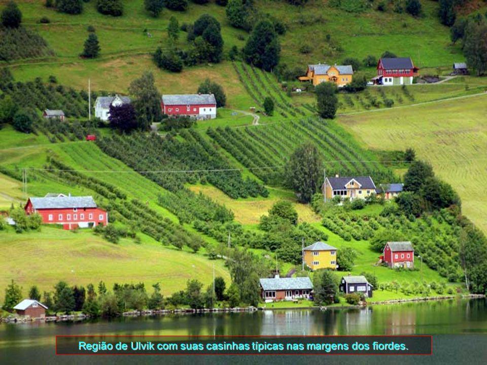 O município tem o nome da fazenda Ulvik (Old Norse: Ulfvík), onde a primeira igreja foi construída. O primeiro elemento é