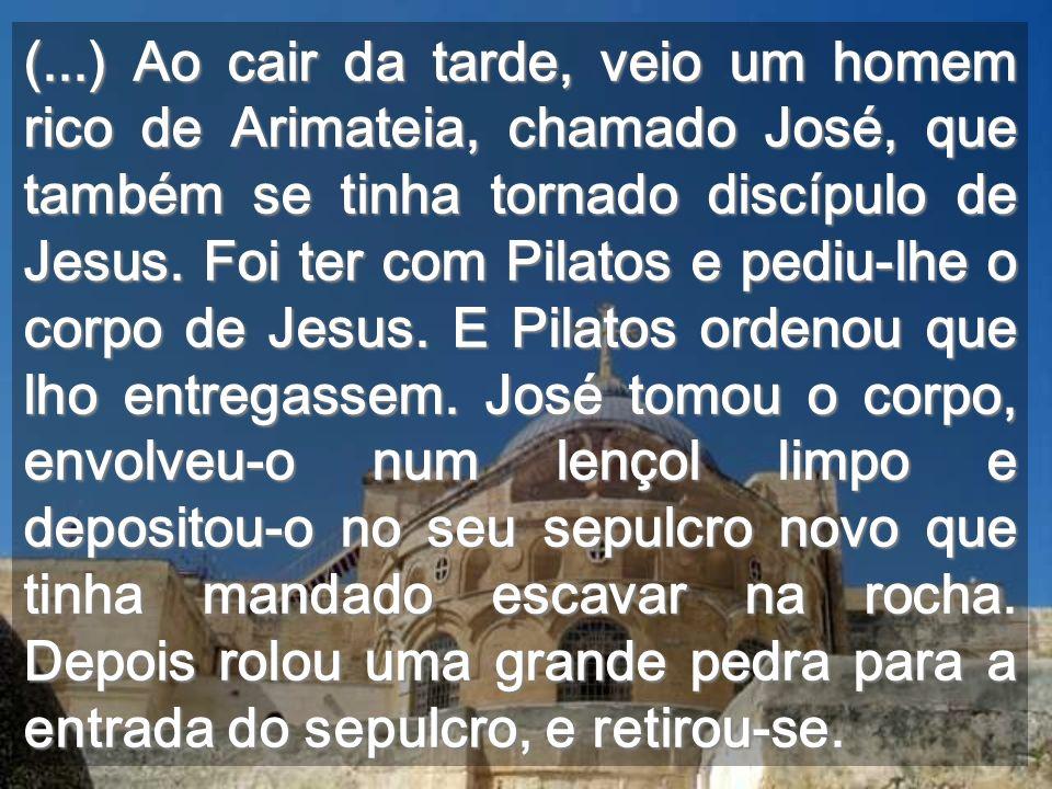 Adoramos-Te, Senhor, no Santuário da Humanidade A terra fendeu-se, porque fazia parte do seu CORPO de Filho de Deus Rocha do Calvário rasgada