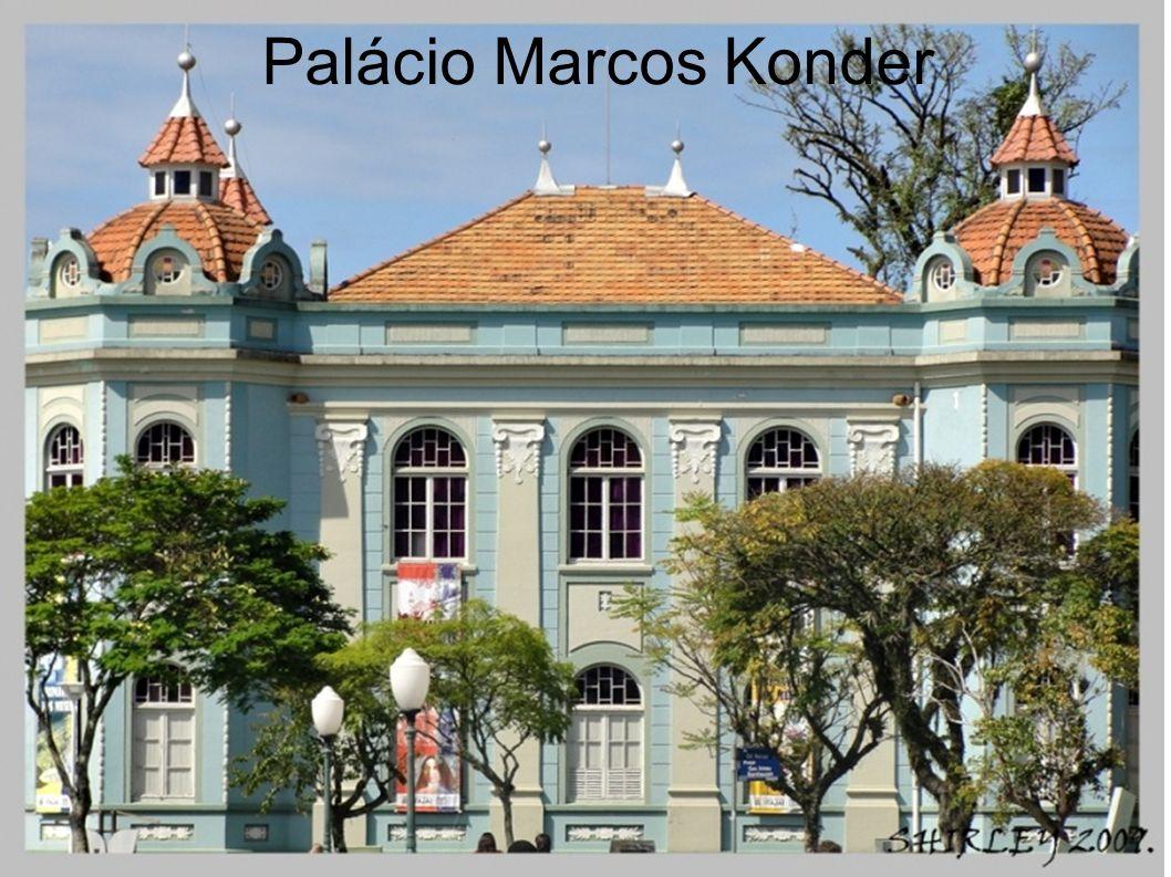 O Palácio Marcos Konder cuja inauguração se deu a 22 de outubro de 1925, é um dos mais importantes edifícios da arquitetura oficial de Santa Catarina.