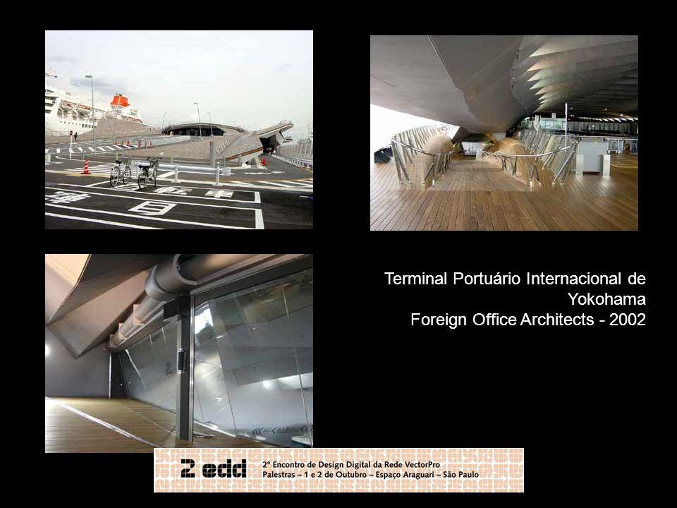Terminal Portuário Internacional de Yokohama Foreign Office Architects - 2002