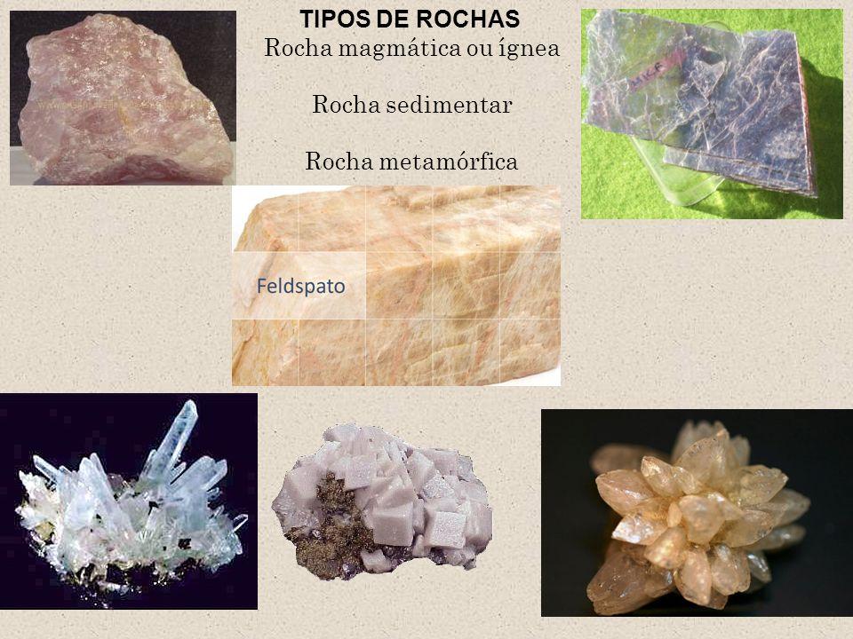Rocha magmática Ígnea = fogo As rochas magmáticas ou ígneas são formadas a partir do resfriamento do magma,o que ocorre no interior ( rochas intrusivas) ou na superfície da crosta terrestre ( rocha extrusiva).