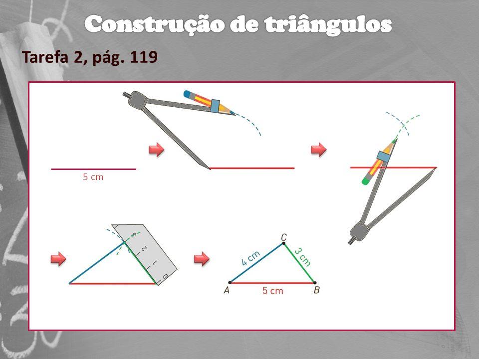 A soma das amplitudes dos ângulos internos de qualquer quadrilátero é igual a 360 º.