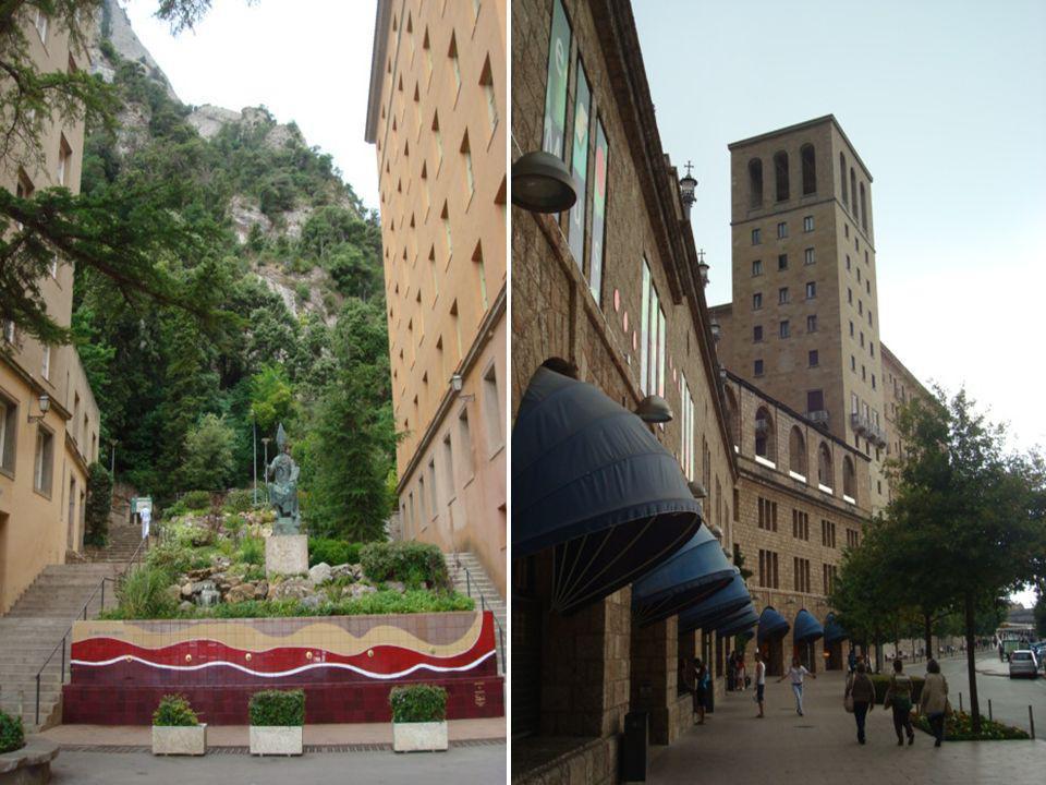 Monserrat, no seu conjunto, é um autêntico museu aberto em pleno ar, um local de meditação, de fé e uma janela aberta à Natureza.