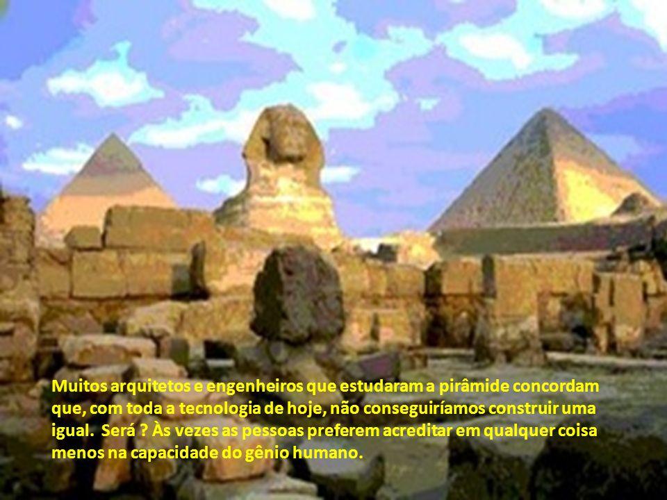 No lugar onde essas linhas se cruzam está a Grande Pirâmide, seus eixos norte-sul e leste-oeste alinhados com essas coordenadas. Em outras palavras, a