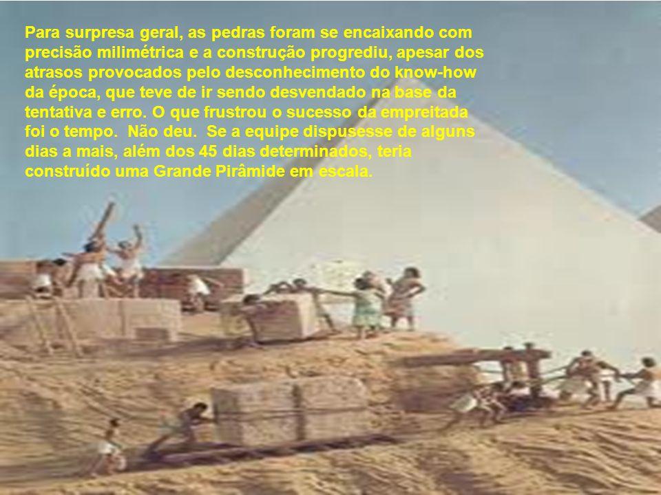 Cordas e varetas serviam como instrumentos para medição e demarcação do terreno, as pedras foram cortadas a cinzel nas pedreiras distantes, transporta