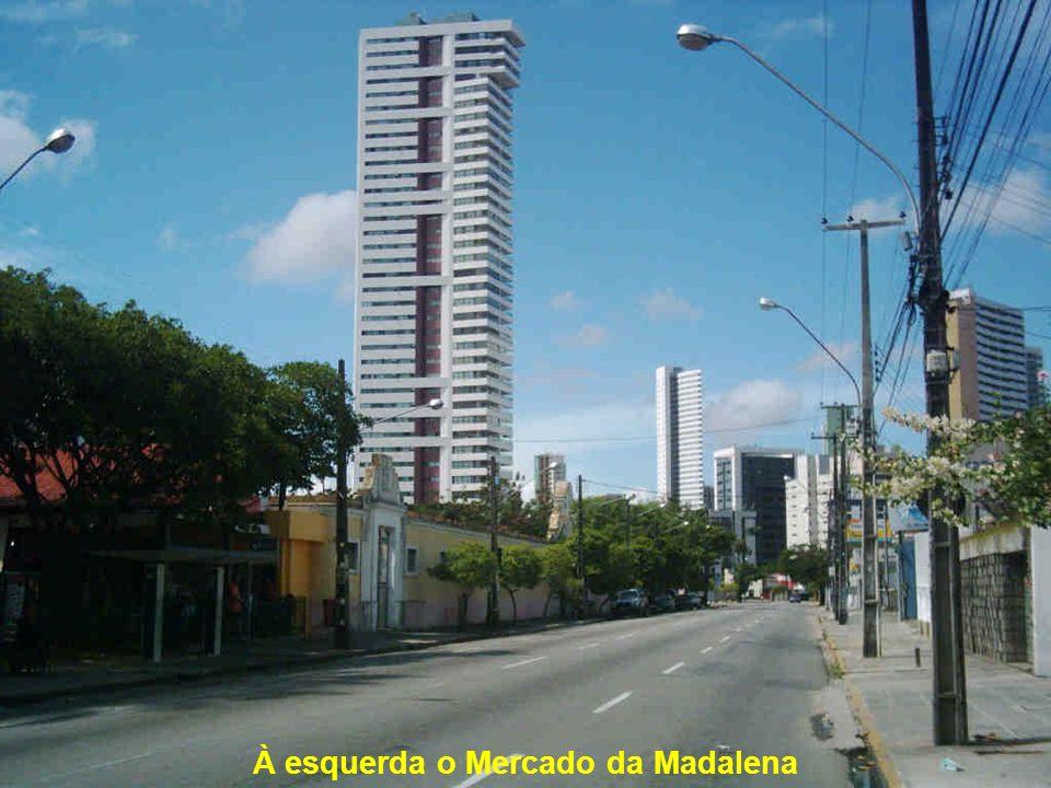 Rio Capibaribe – Rua da Aurora