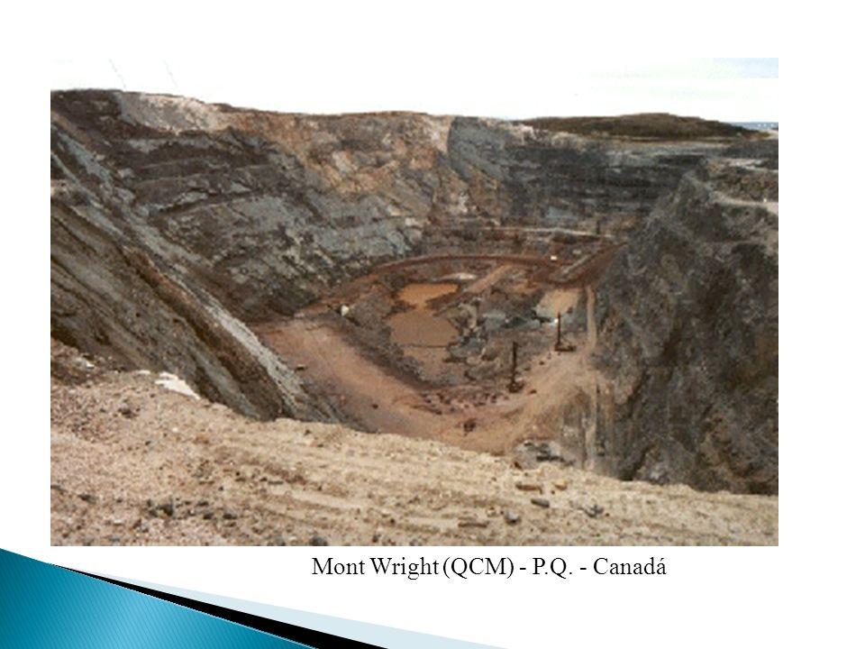 Mont Wright (QCM) - P.Q. - Canadá