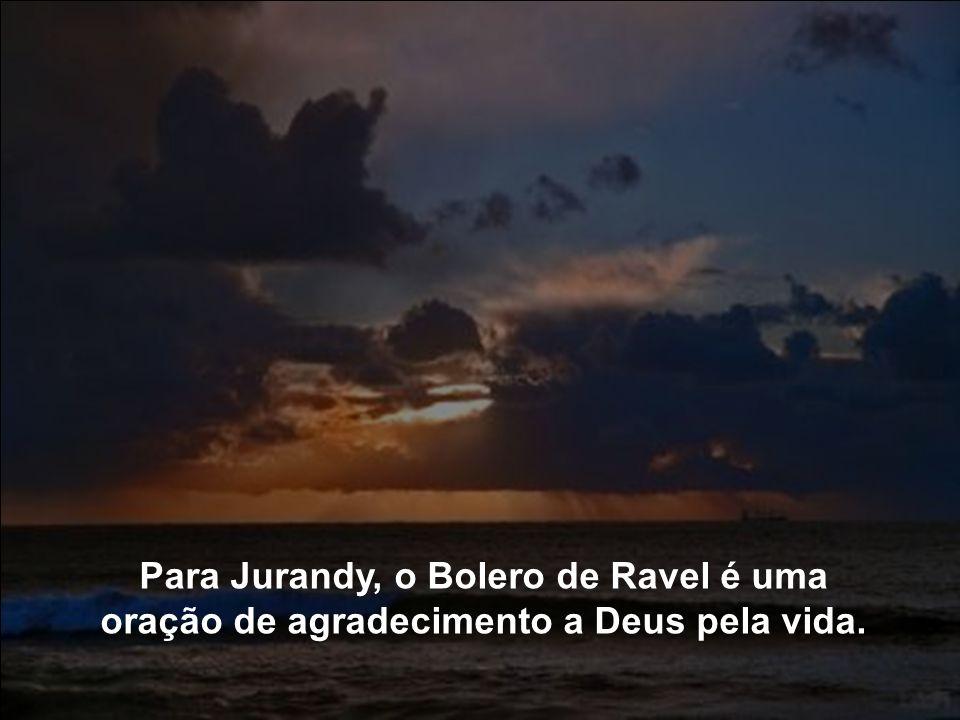 Há mais de dez anos este ritual é mantido. Os 17 minutos do crepúsculo coincidem com a duração da bela obra de Maurice Ravel.