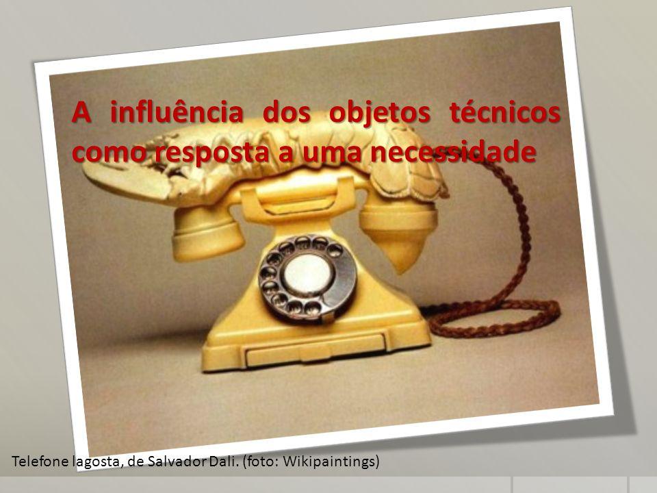 A influência dos objetos técnicos como resposta a uma necessidade Telefone lagosta, de Salvador Dali. (foto: Wikipaintings)