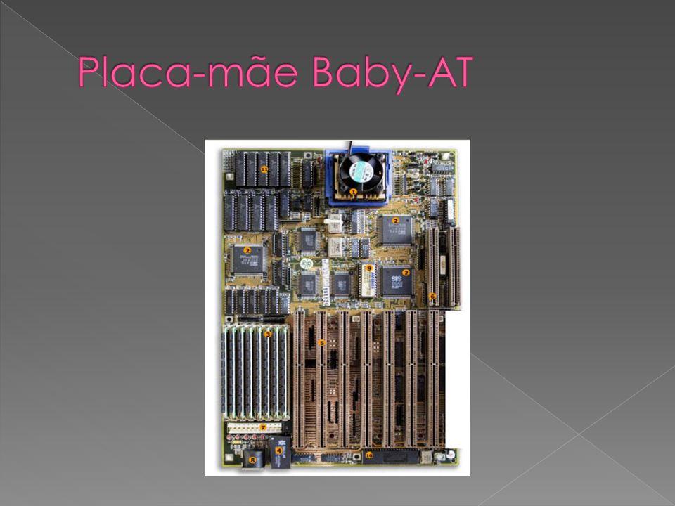 Este tipo de motherboard é mais pequena que a mais recente ATX.