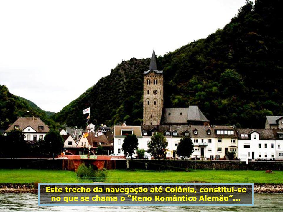 Região dominada por castelos, a maioria deles localizados próximos do rio, de onde o visual é maravilhoso...